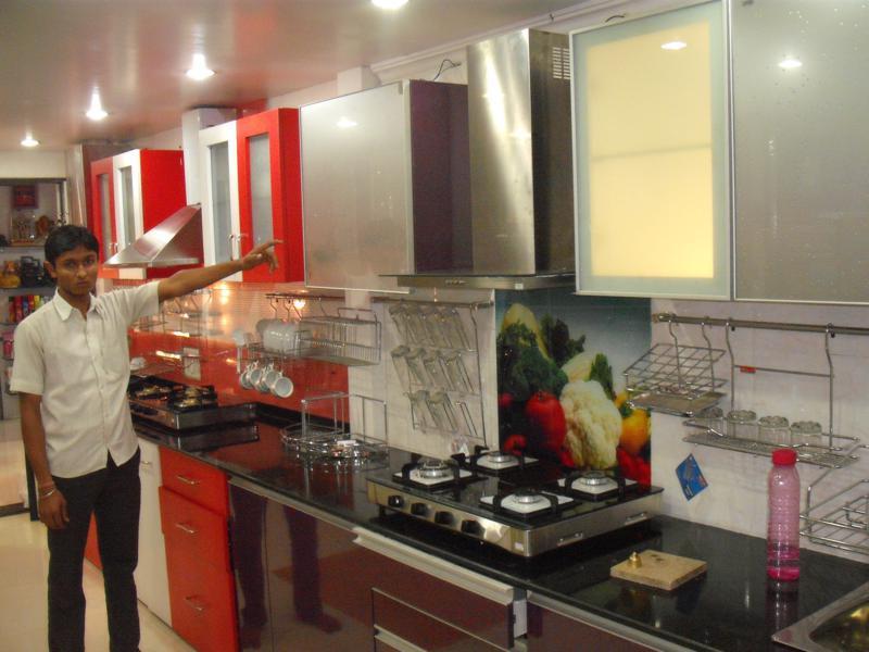 Laxmi modular kitchens shop no 11 picasso kedari arcade for Modular kitchen designs pune